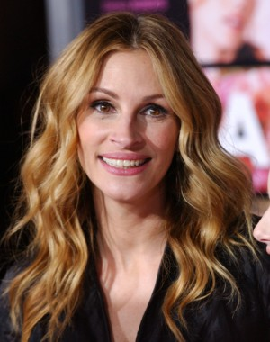Julia Roberts LA premiere of Valentine's Day