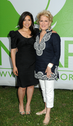 America Ferrara and Bette Midler