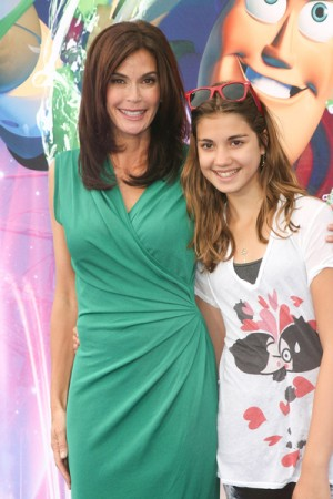 Teri Hatcher and her daughter