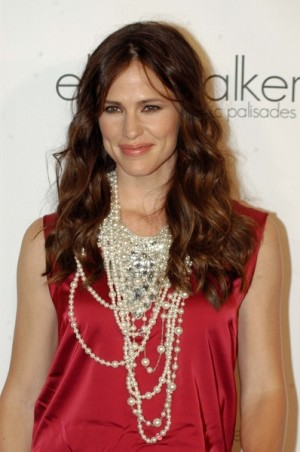 Jennifer Garner to receive holiday surprise from KimzHollywoodList.com