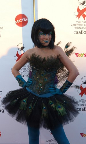 Tori Spelling Dresses Up for Halloween Benefit