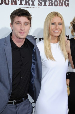 "Gwyneth Paltrow and Garrett Hedlund at ""Country Strong"" LA Screening"