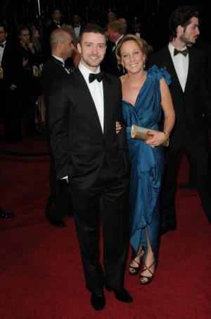 Justin Timberlake and his Mom at the Oscars