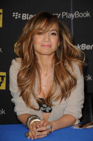 "Jennifer Lopez launches Blackberry PlayBook and Her New Album ""Love?"""