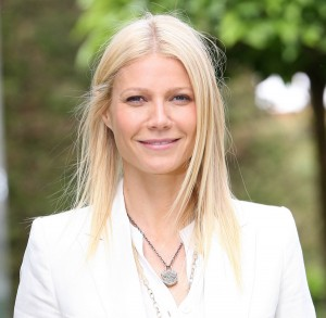 Gwyneth Paltrow at 2011 RHS Chelsea Flower Show - VIP Day
