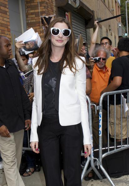 "Anne Hathaway Stars in ""One Day"""