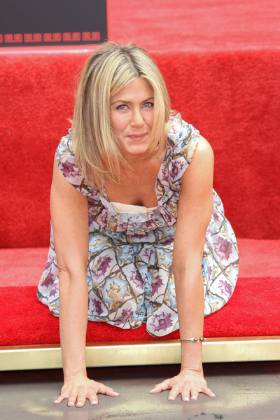 Jennifer Aniston Gets a Handprint