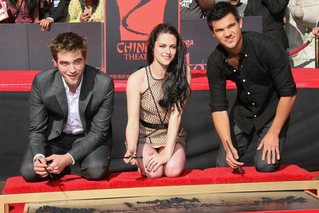 Breaking Dawn Stars Get Printed