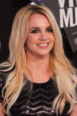 "Britney Spears Celebrates ""30"" Years"