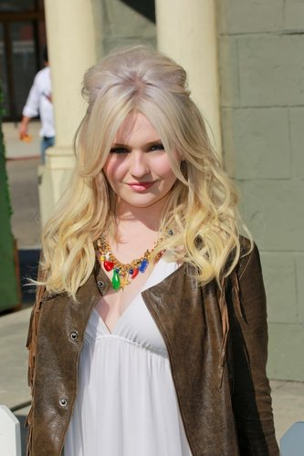 Abigail breslin erotic movies